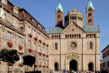 Sehenswürdigkeiten Rheinland Pfalz historisches Gebäude